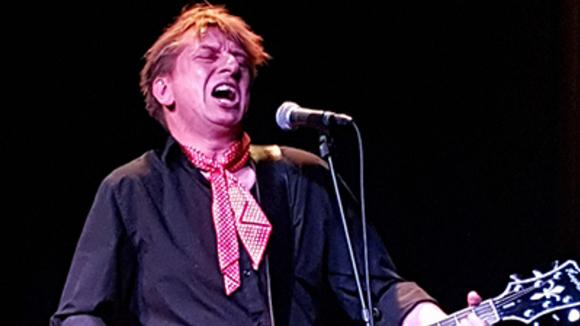 Bernt Hertz - Folk Folk Rock Folk Singer/Songwriter Folk-Punk Live Act in Copenhagen N