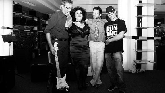 C. Sammy Street - Rhythm & Blues (R&B) Electro Live Act in Braunschweig