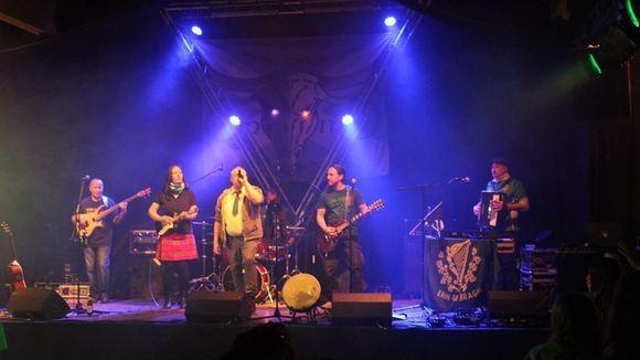 QmmD - Folk Rock Folk Rock Celtic Folk Irish Folk Scottish Live Act in Steinheim an der Murr