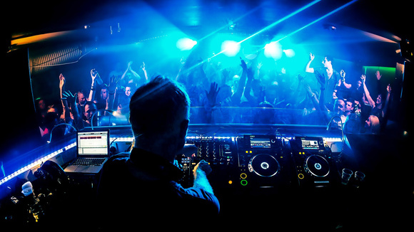 Mr Green - House House Electro edm Trap DJ in Ingolstadt