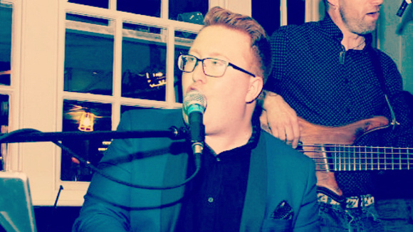 The Tom Seals Trio - Blues Pop Jazz Live Act in Cheshire