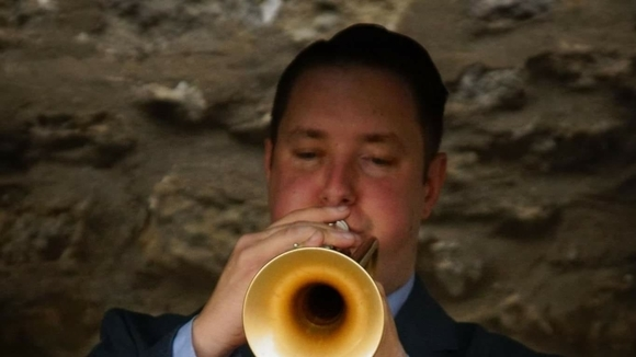 Ricky Hunter - The King Of Swing - Vocalist and Trumpeter