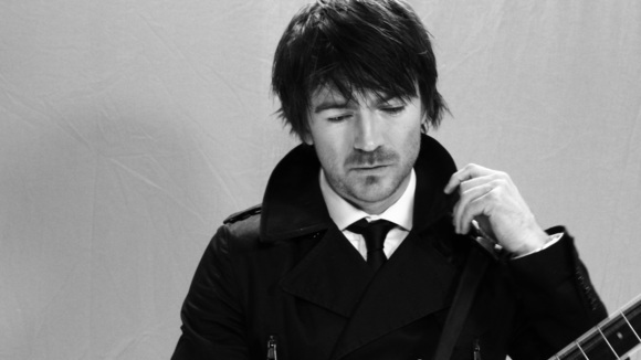Johnny Rayge - Rock Singer/Songwriter Pop Live Act in DUBLIN
