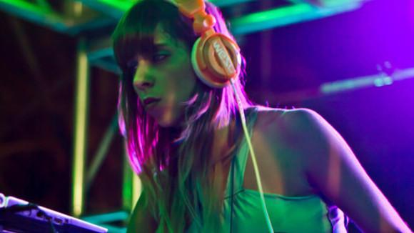 Hyperaktivist - Techno House Acid Bass DJ in Berlin