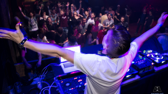 Axxound - House Progressive House DJ in Graz/Wien