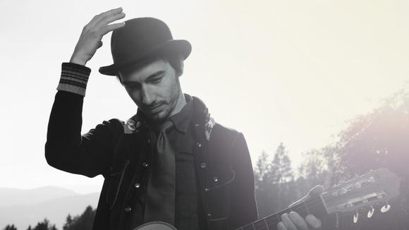 Herodin - Singer/Songwriter Latin Jazz Folk Acoustic Pop Live Act in Graz