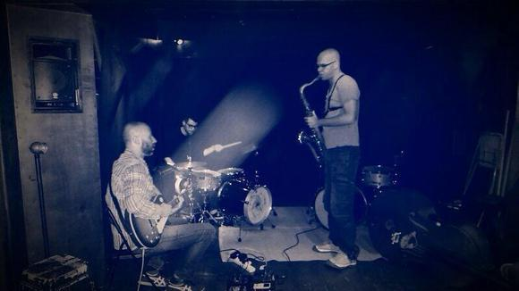 Village Groove - Alternative Live Act in Tel Aviv