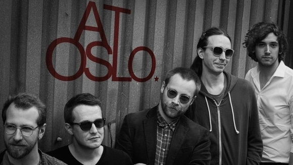 At Oslo - Alternative Garage Rock Indie Live Act in Berlin