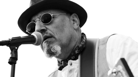 Pete Alderton - Singer/Songwriter Blues Acoustic Live Act in Paderborn