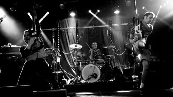 Threesome - Surf Instrumental Progressive Rock Punk Garage Rock Live Act in Belgrade