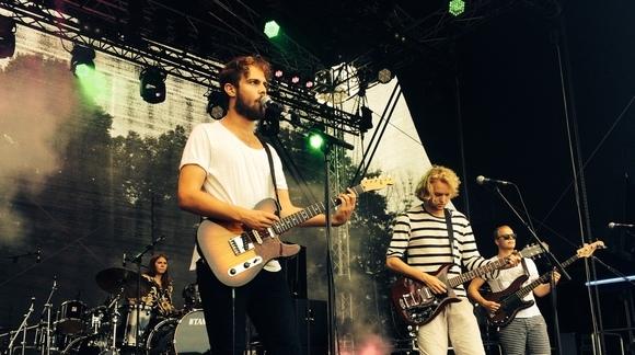 MR. BUKIT - Britpop Indiepop Garage Rock Live Act in Amsterdam