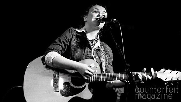 Pipa Moran - Singer/Songwriter Live Act in Oxfordshire