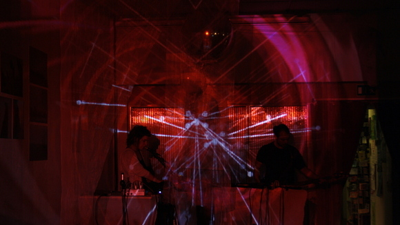 Status Wo? - Noise Electronica Experimental Psychedelic Indietronics Live Act in Hamburg