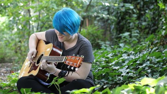 Jess Jones - Singer/Songwriter Folk Indie Country Live Act in Runcorn