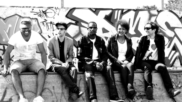 The Kaptivators - Hip Hop Funk Urban Grooves Soul R&B Live Act in Manchester