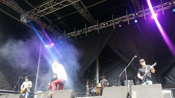 War Me - Rock Rock 'n' Roll Alternative Rock Live Act in Bradford