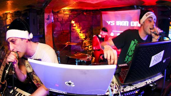 Roy's Iron DNA - Electropop Electronica Indiepop Rock Live Act in berwick upon tweed