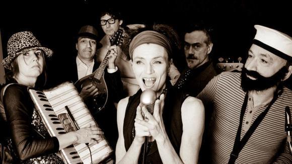 BOBWANTSHISHEADBACK - Mashup Funk Jazz Rock Soul Live Act in Brighton