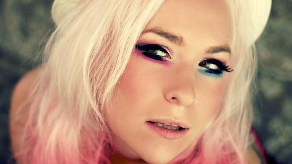 Jen Armstrong - Pop Live Act in Leeds