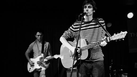 The Fireflies - Singer/Songwriter Folk Pop Acoustic Pop Indie Live Act in London