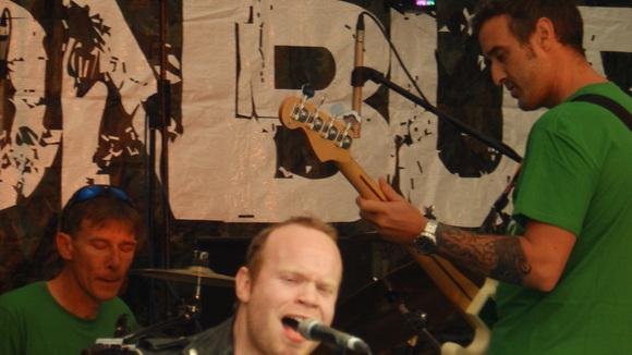 Indebtors - Rock Indiepop Pop Rock Live Act in Norwich