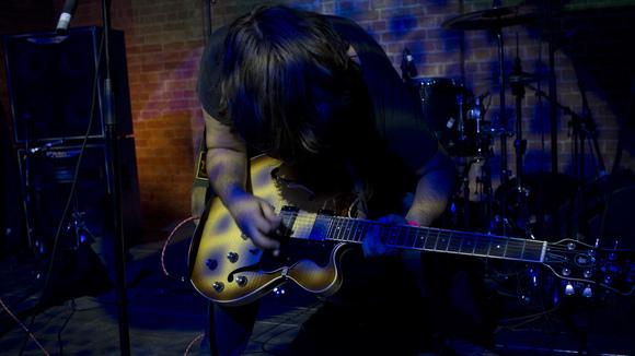 JKrawietz - Singer/Songwriter Electro Rock Indietronica Experimental Pop Live Act in Berlin