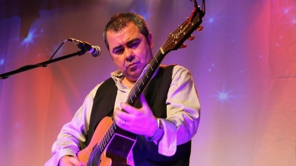 Pete Riley - Easy Listening Live Act in liverpool