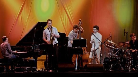 Tobias Meinhart Quintet 'In Between' - Jazz Live Act in Wörth