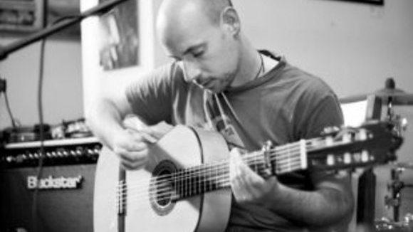 Craig Sutton (Flamenco Thief) - Worldmusic Rap Rumba Live Act in Bath