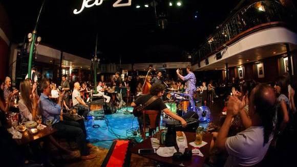Tuto Ferraz - Worldmusic Instrumental Live Act in São Paulo