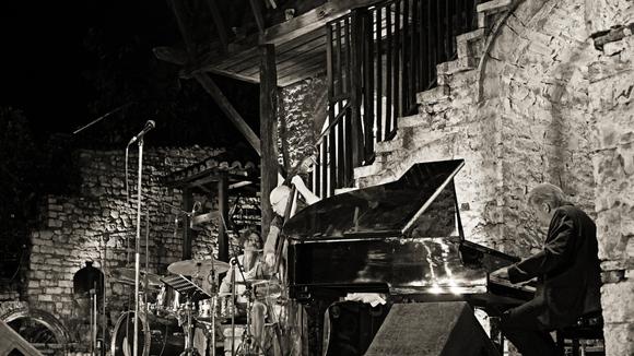 Hans Lüdemann ROOMS Sebastien Boisseau - Dejan Terzic - Jazz Live Act in Bern