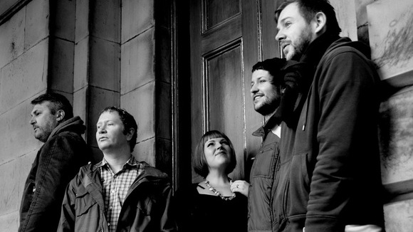 Universal Thee - Alternative Indiepop Live Act in Edinburgh