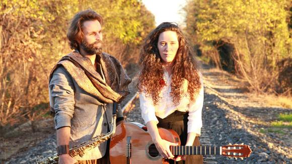 Nadia e Rodolfo - Singer/Songwriter Jazz Worldmusic Live Act in Montfavet