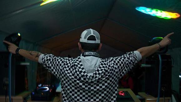 Deejay S.U.G - Techno Progressive Trance House Minimal Electro Progressive Techno DJ in Hattersheim